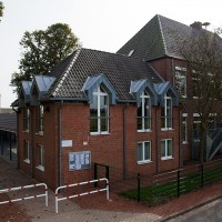 Hauptgebäude/Altbau