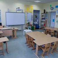Klassenraum mit Smartboard